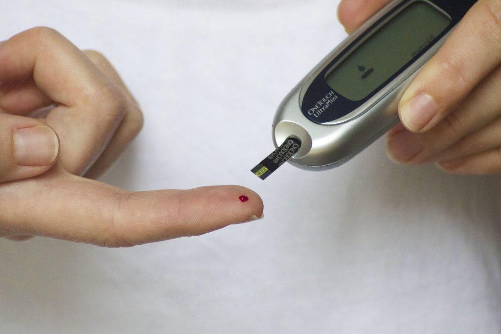 verifica nivelul glicemiei